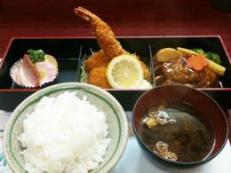 洋食屋 きっちんKIHARU(きはる)亭