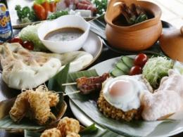 dining cafe BukitJanbulu(ダイニングカフェ ブキットジャンブル)