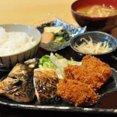 お弁当の東海フーズ(株)