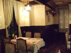 フランス食堂 ラ・プーラルド