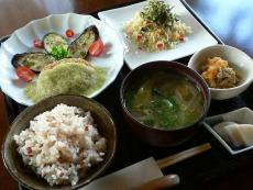 食菜花 MONONCLE(モノンクル)