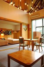 ホテル百年草