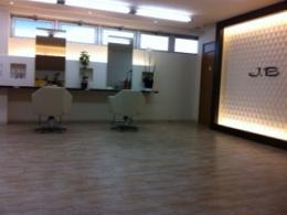 美容室 J.B 共和店
